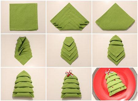 Tovaglioli piegati a forma di albero di Natale